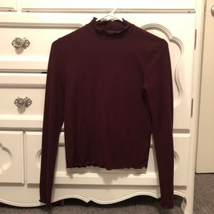 Forever 21 Long Sleeve Ruffle Turtle Neck Top